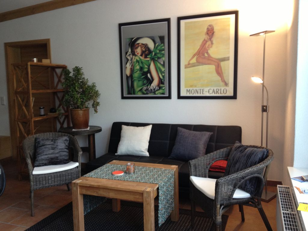 Ferienwohnung 3 ferienwohnungen g stezimmer in dresden - Wohnzimmer dresden ...